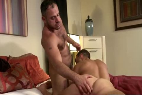 Muscle Bear a-hole stab With cumshot