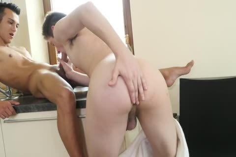 gigantic cock Martin Muse bangs tight twink a-hole unprotected