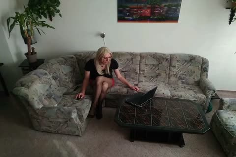 Sissyboy Crossdresser Live From Home