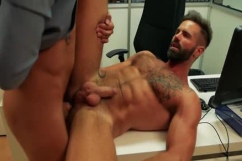 Muscle gay butthole sex And cumshot