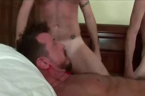 Very juicy fuckfest In Hotel Room - ZeusTV