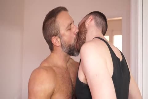 humongous Dicked Ginger pounds Daddy