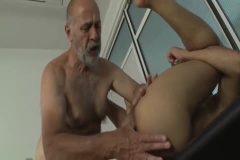 filthy Daddy nails lad