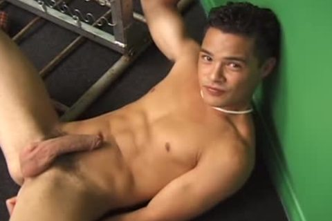 Live And raw - The video - Muscle banging